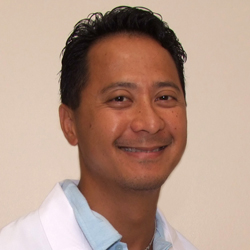 Dr. Quang Le -ReadyMED by Reliant Medical Group
